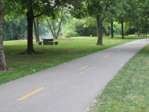 bike path along Olentangy River